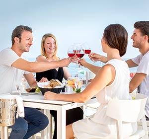 ROBINSON CLUB KYLLINI Griechenland Gruppe isst