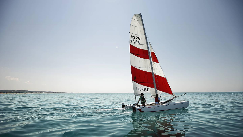 Katamaran segeln  Segeln und Katamaransegeln im Urlaub - Robinson.com