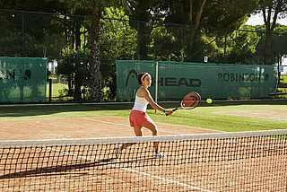 Tennis spielen, Tennisplatz