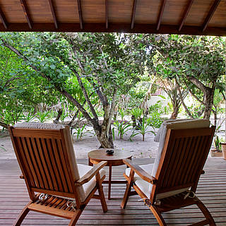 Club Maldives, Economy Bungalow, Terrasse