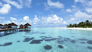 Wasserbungalows, Hütten auf dem Wasser, Meer, Strand, Malediven