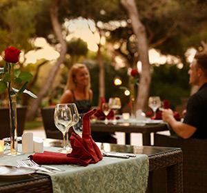 Kulinarisches gedeckter Tisch ROBINSON CLUB APULIA, Italien