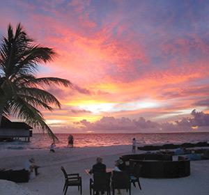 Kulinarisches Bar Aussenbereich ROBINSON CLUB MALDIVES Malediven