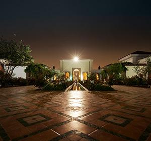 Club Anlage bei Nacht im ROBINSON CLUB AGADIR in Marokko
