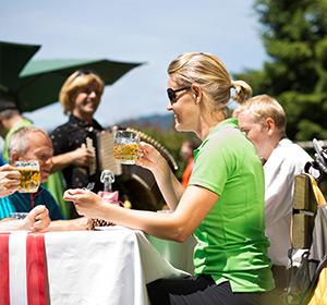 Restaurant Außenbereich Sommer ROBINSON CLUB LANDSKRON Österreich