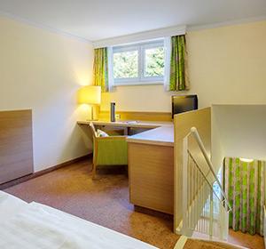 Zimmer Familienzimmer  Parkseite Typ1 (FZX1) ROBINSON CLUB LANDSKRON, Österreich