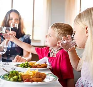 Essen & Trinken Restaurant Familie ROBINSON CLUB AMPFLWANG Österreich