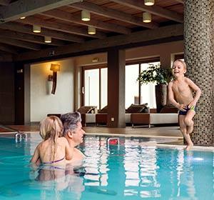 Clubanlage Indoorpool ROBINSON CLUB AMPFLWANG Österreich