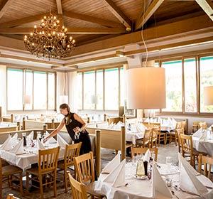 Gemütliches Restaurant Club Ampflwang - Robinson.com