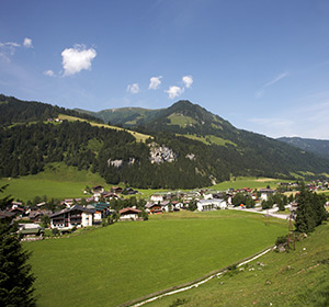 Sommer Alpenpanorama ROBINSON CLUB AMADÉ Österreich