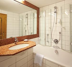 Zimmer Doppelzimmer Bad ROBINSON CLUB ALPENROSE ZÜRS, Österreich