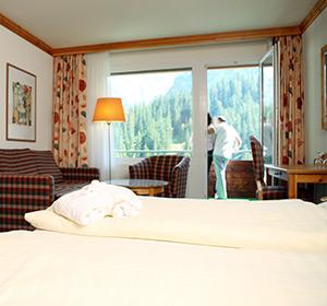 Zimmer Familienzimmer mit Balkon FZX1 ROBINSON CLUB AROSA, Schweiz