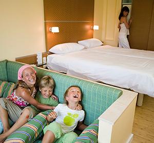 Zimmer Familienzimmer Typ1 (FZX1) mit Personen ROBINSON CLUB ESQUINZO PLAYA