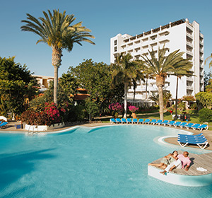 Pool mit Gebäude ROBINSON CLUB JANDIA PLAYA Fuerteventura